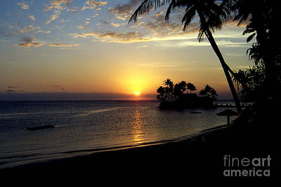 Fijian Sunset Art Print