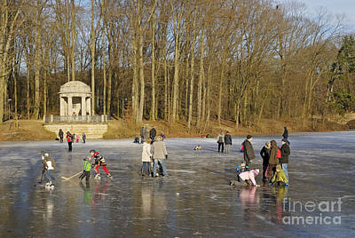 Frozen Lake Krefeld Germany. Art Print by David Davies