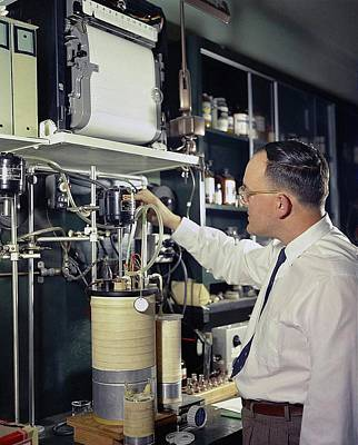 Department Of State Photograph - Gas Chromatography Food Research by Agricultural Research Service/us Department Of Agriculture