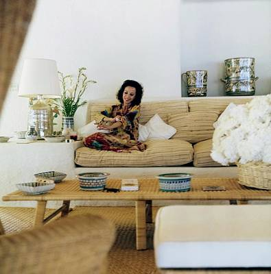 Palapas Wall Art - Photograph - Gloria Guinness At Home by Horst P. Horst