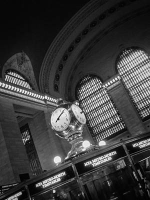 Black And White Photograph - Grand Central by Alexander Mendoza
