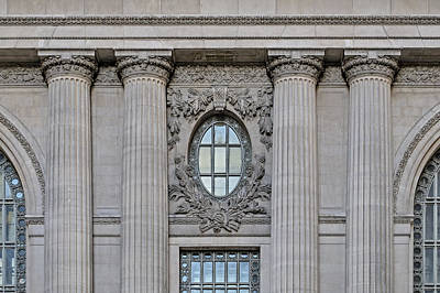 Photograph - Grand Central Terminal Facade  by Susan Candelario