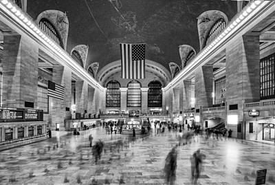Photograph - Grand Central Terminal by James Howe