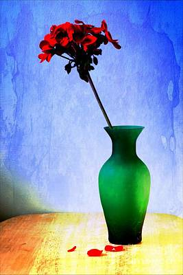 Photograph - Green Vase by Donald Davis