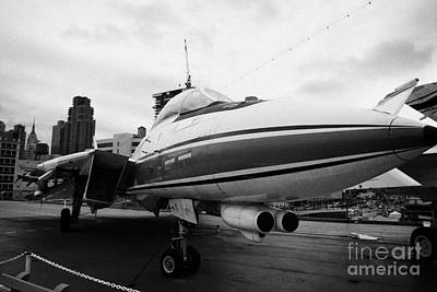 Grumman F14 Tomcat On The Flight Deck Of The Uss Intrepid At The Intrepid Sea Air Space Museum Art Print by Joe Fox