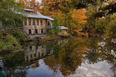 Photograph - Hadley Upper Mill In Autumn by Jeff Folger