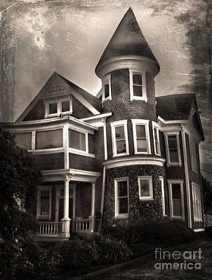 Photograph - Haunted House by Gregory Dyer