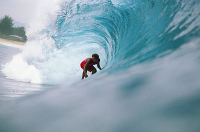 Hawaii, Oahu, North Shore, Pipeline, David Cantrell Crouching In Tube, Drags Hand In Curling Wave Art Print