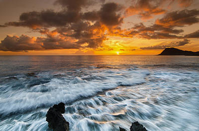 Photograph - Hawaii Sunset by Tin Lung Chao