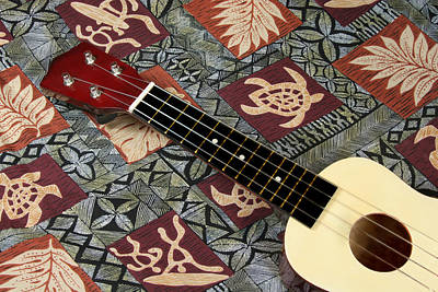 Photograph - Hawaiian Ukulele by John Orsbun