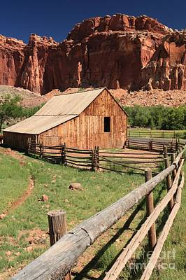 Photograph - Historic Fruita Barn by Adam Jewell