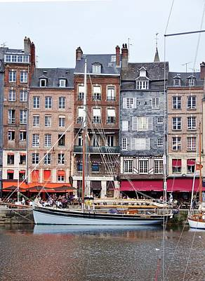 Photograph - Honfleur by Thomas Leon