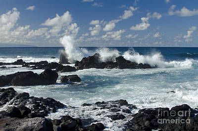 Photograph - Hookipa Maui Hawaii by Sharon Mau