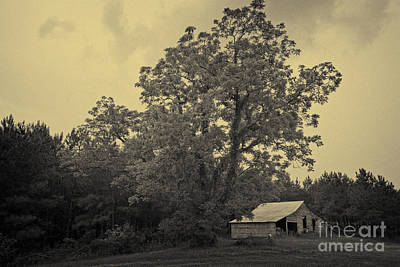 Photograph - Howard Barn by Russell Christie