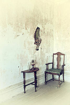Photograph - If Walls Could Talk by Karol Livote