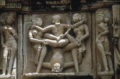 Round Rock Photograph - India. Khajraho. Hindu Temple by Everett