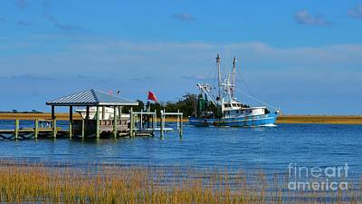 Photograph - Inter Coastal Shrimper 16x9 Ratio by Bob Sample