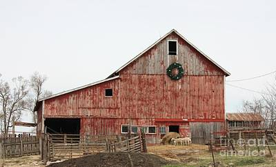Photograph - Iowa Barn by Kathy Cornett