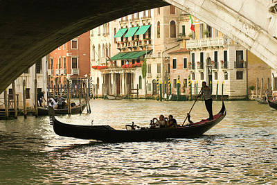 Italy, Venice Tourist Take Snap Shots Art Print