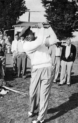 Joe Louis Golfing Print by Underwood Archives
