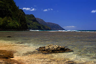 Photograph - Ke E Beach Napali Coast Summer by Robert Lozen