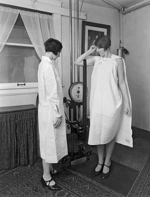 Strong America Photograph - Kellogg's Sanitarium Scene by Underwood Archives
