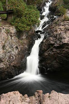 Paula Brown Photograph - Kinsmen Park Waterfall by Paula Brown