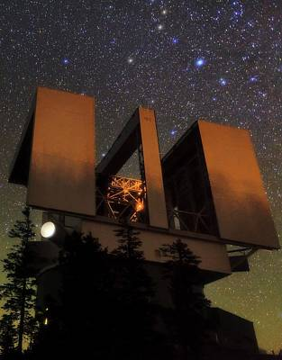 Large Binocular Telescope Art Print
