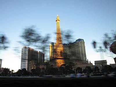 Lit Photograph - Las Vegas - Paris Casino - 12121 by DC Photographer