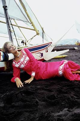 Photograph - Lauren Hutton Wearing A Red Dress by Arnaud de Rosnay