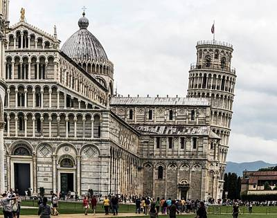 Leaning Building Photograph - Leaning Tower Of Pisa And Cathedral by Brian Gadsby