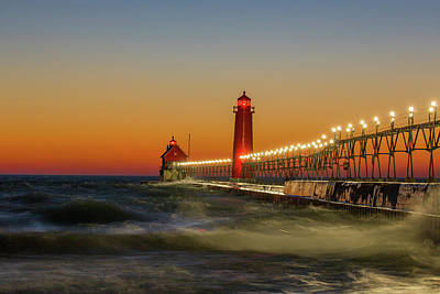 Lighthouse On The Jetty At Dusk, Grand Art Print