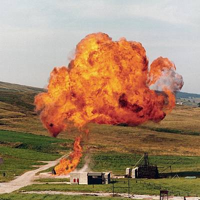Liquid Petroleum Gas Tank Failure Testing Art Print by Crown Copyright/health & Safety Laboratory Science Photo Library