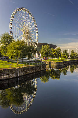 Albert Dock Photograph - Liverpool Wheel Reflections by Paul Madden
