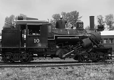 Steamer Truck Photograph - Locomotive #10 by Charles Robinson