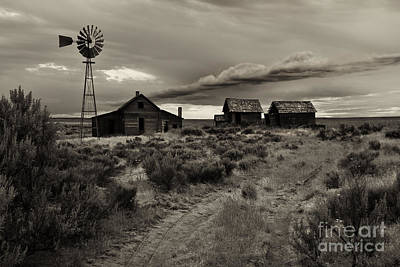 Abandoned Ranch Photograph - Lonely House On The Prairie by Mike  Dawson