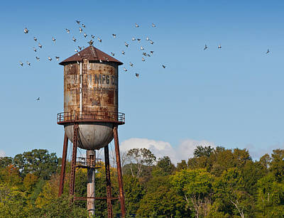 Photograph - Loudon Water Tower by Melinda Fawver