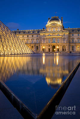 Photograph - Louvre Reflections by Brian Jannsen
