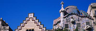 Antoni Gaudi Wall Art - Photograph - Low Angle View Of A Building, Casa by Panoramic Images