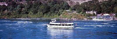 Maid Of The Mist Boat Ride To Falls Print by Panoramic Images