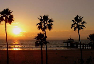 Photograph - Manhattan Beach Pier And Palms At Sunset by Jeff Lowe