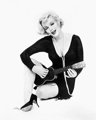 Ukelele Photograph - Marilyn Monroe (1926-1962) by Granger