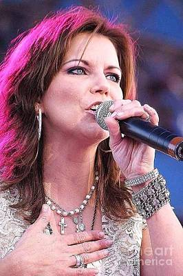 Photograph - Martina Mcbride by Diane Kurtz
