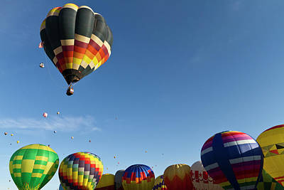 Balloon Festival Photograph - Mass Ascension At The Albuquerque Hot by William Sutton