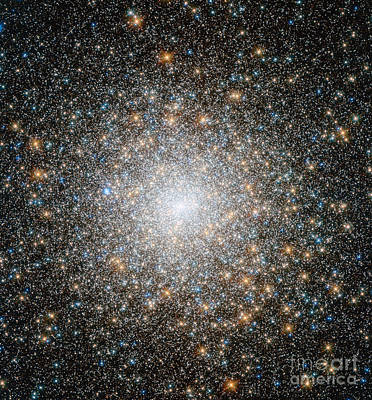 Messier 15 Art Print by Science Source