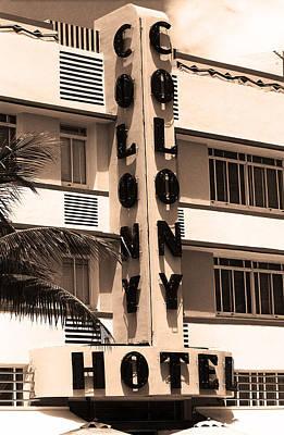 Photograph - Miami Beach - Art Deco 27 by Frank Romeo