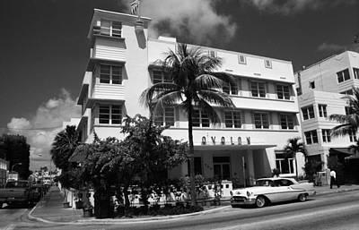 Photograph - Miami Beach Classic Car 6 by Frank Romeo
