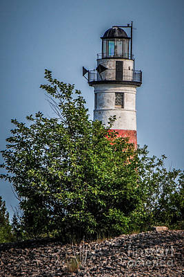 Photograph - Middle Island Lighthouse by Grace Grogan