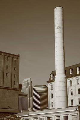 Photograph - Minneapolis Smokestack by Frank Romeo