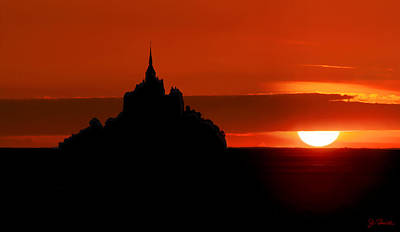 Photograph - Mont St Michel Sunset by Joe Bonita